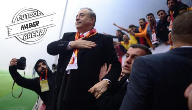 Galatasaray taraftarlarından Mustafa Cengiz'e destek