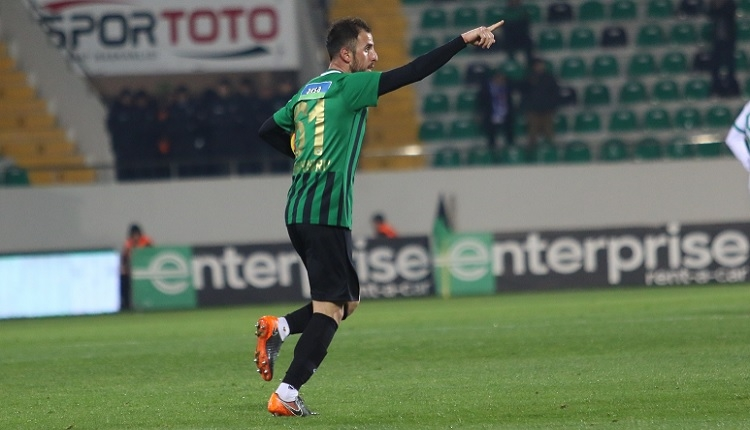 Zeki Yavru'dan Aytemiz Alanyaspor'a 2 gol ve kariyer performansı