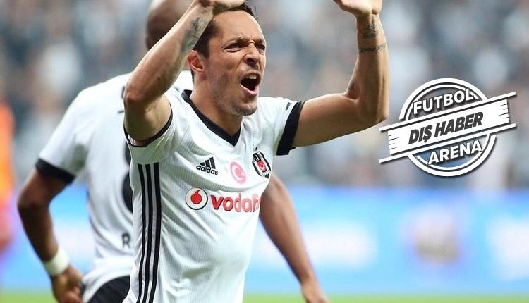 Adriano itiraf etti! 'Beşiktaş ile görüşüyoruz'