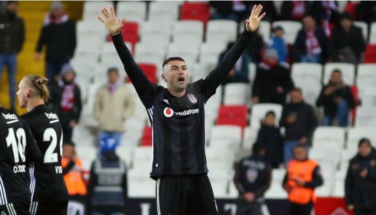 Beşiktaş'ta Galatasaray derbisi öncesinde Burak Yılmaz endişesi