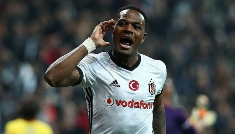 Cyle Larin, Beşiktaş'ı FIFA'ya şikeyet etti iddiası
