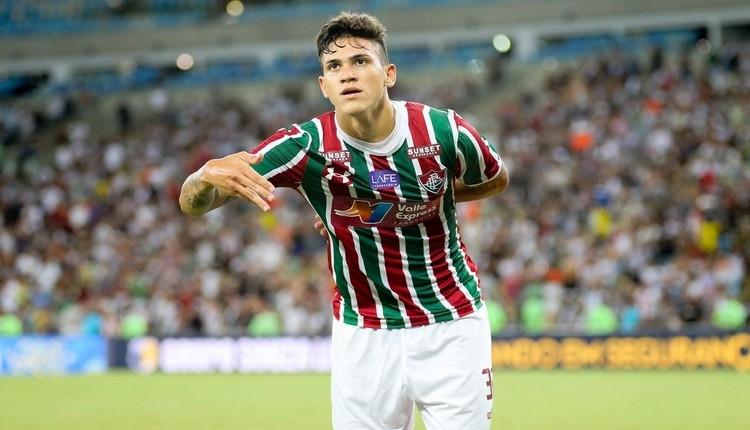 Fenerbahçe'ye transferde Pedro Santos teklifi