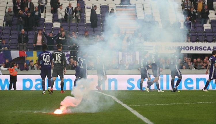 Standard Liege - Anderlecht maçı tatil edildi! İddaa'da ne olacak?