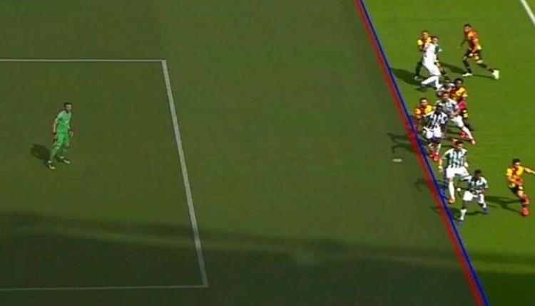 Bursaspor - Göztepe maçında Alpaslan Öztürk'ün iptal edilen golü