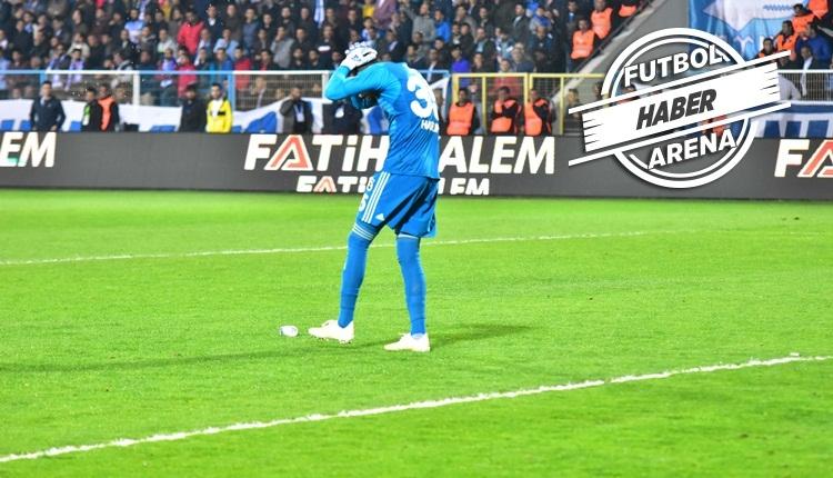 Fenerbahçe'nin penaltısına tepki! Harun Tekin'in kafasına şişe