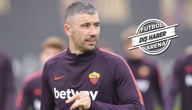 İtalyanlar açıkladı! 'Kolarov Fenerbahçe'ye transfer olmaya hazır'