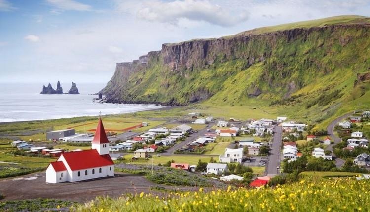 İzlanda nerede? İzlanda nasıl bir ülke? İzlanda nüfusu kaç?