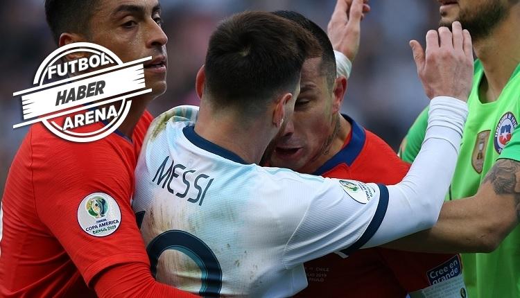 Messi ve Medel'in kırmızı kart pozisyonunda hakem raporu