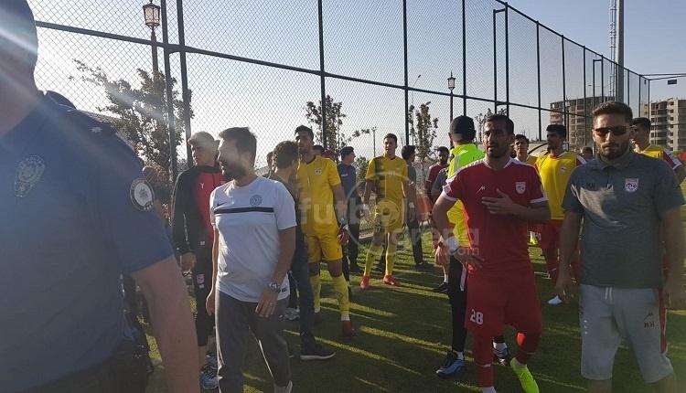 Rizespor - Tractor Sazi hazırlık maçında kavga