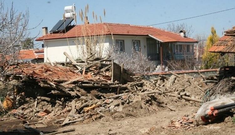Denizli depremi kaç büyüklüğünde? Denizli'de deprem nerede oldu? Denizli depremi son dakika
