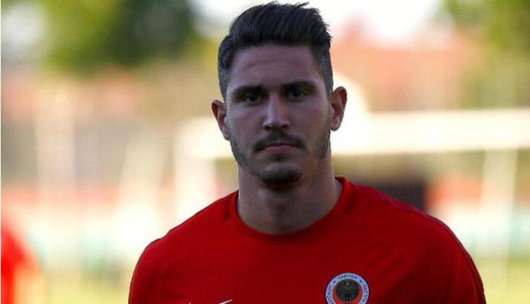 Roma'ya transfer olan Mert Çetin kimdir, nasıl bir futbolcu?