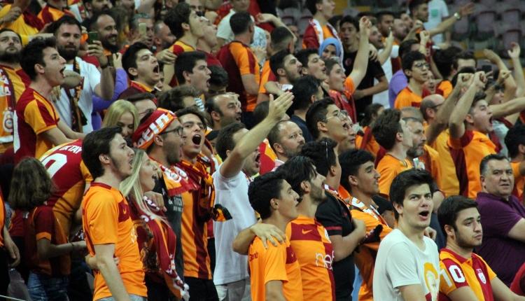 Türk Telekom Stadyumu'nda 'Falcao' sesleri