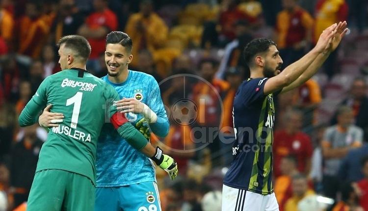 Altay Bayındır'dan Galatasaray taraftarına gönderme