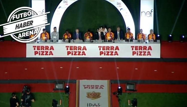 Galatasaray'da Falcao ve yeni transferler için imza töreni