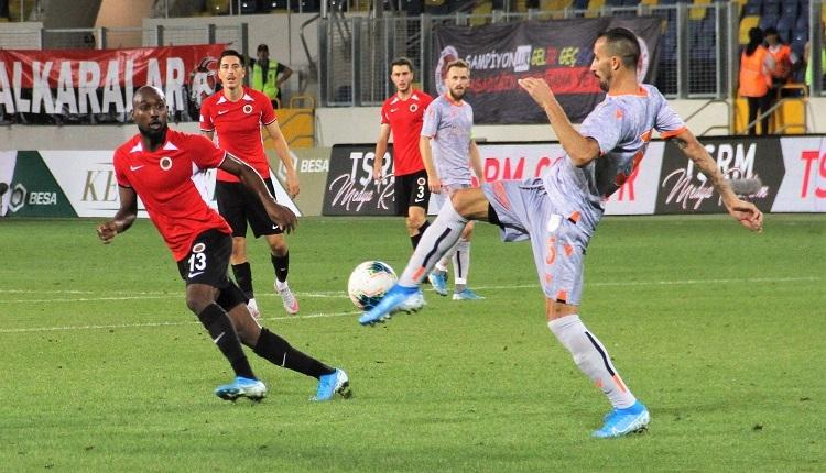 Gençlerbirliği 1-2 Başakşehir maç özeti ve golleri İZLE