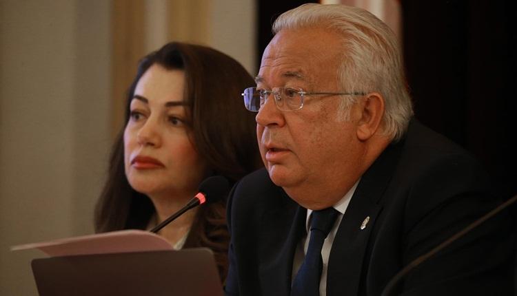 Galatasaray yönetiminden Eşref Hamamcıoğlu'na istifa çağrısı