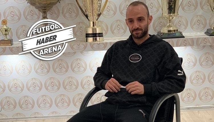 Efecan Karaca'dan FutbolArena'ya özel açıklamalar