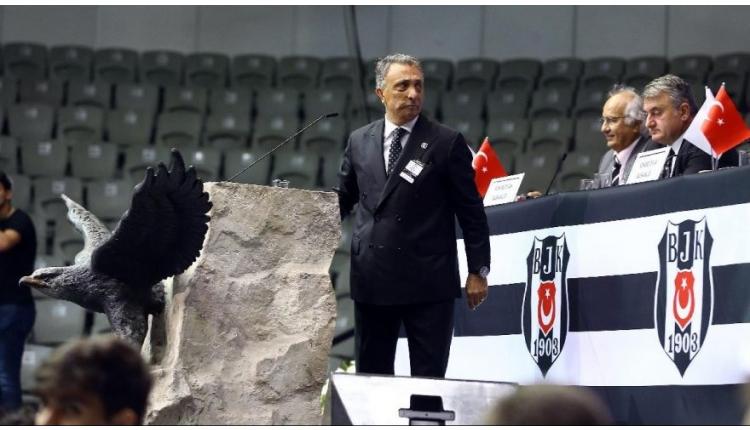 Olay! Ahmet Nur Çebi'nin üzerine yürüdü!
