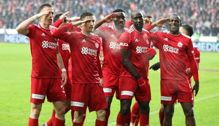 Sivasspor ilk yarıyı 4 puan farkla lider tamamladı!