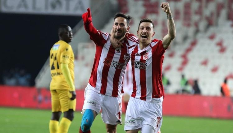 Sivasspor 4-0 Yeni Malatyaspor maç özeti ve golleri izle