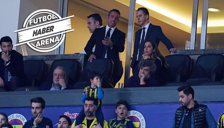 Fenerbahçeli taraftarlardan Ali Koç'a: