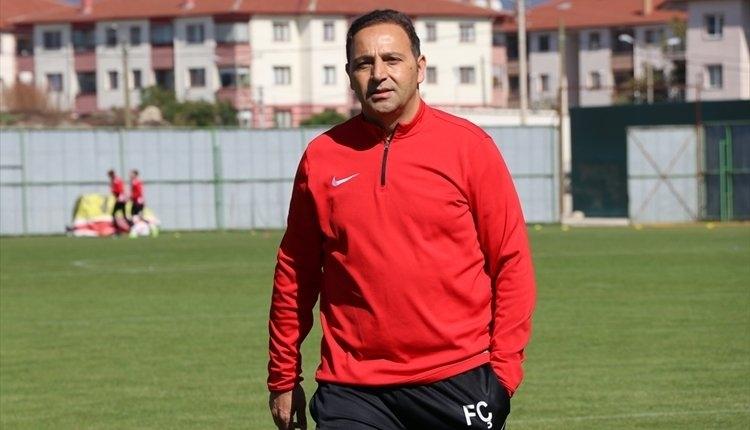 Kasımpaşa'nın yeni teknik direktörü Fuat Çapa oluyor