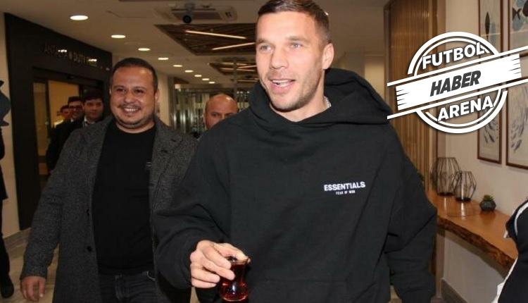 Podolski'ten Fenerbahçe'ye 5 dakikada 2 asist! Damga vurdu