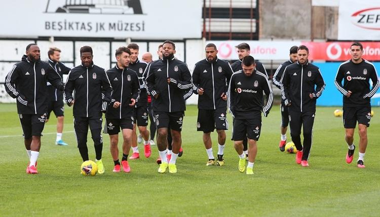 Beşiktaş yönetiminden futbolculara: 'Evde kalın'