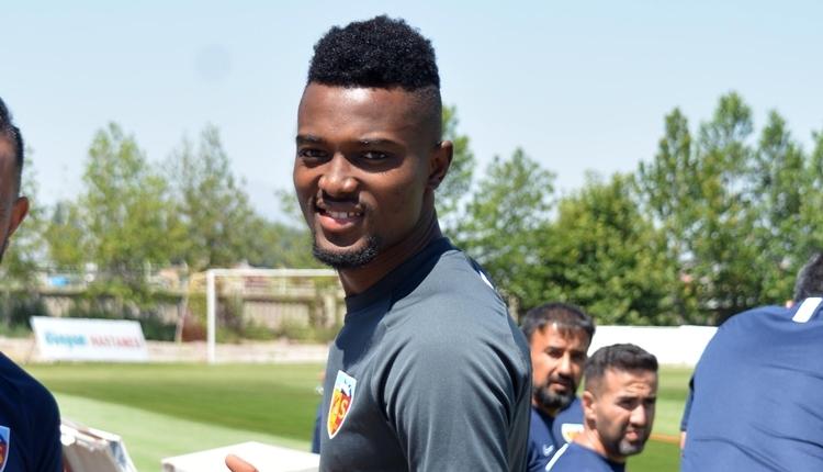 Mensah'tan transfer sinyali: 'Şampiyonlar Ligi'nde oynamak istiyorum'