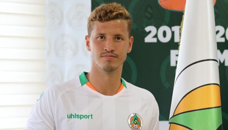 Salih Uçan: 'Galatasaray'dan transfer teklifi aldım'
