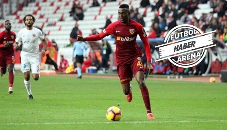 Beşiktaş Bernard Mensah için görüşmelere başladı
