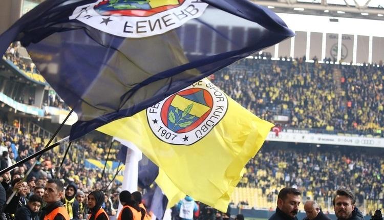 Sahada Başakşehir, tribünde Fenerbahçe şampiyon