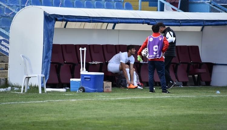 Ankara Demirspor kupada 12 kişiyle turu geçti! Yedek kaleciden forvet
