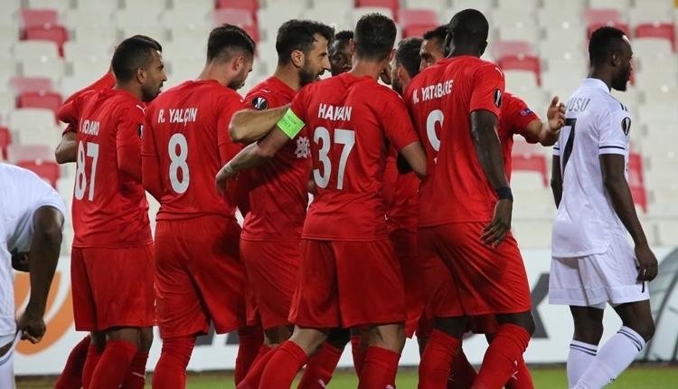 Sivasspor 2-0 Karabağ maç özeti ve golleri izle