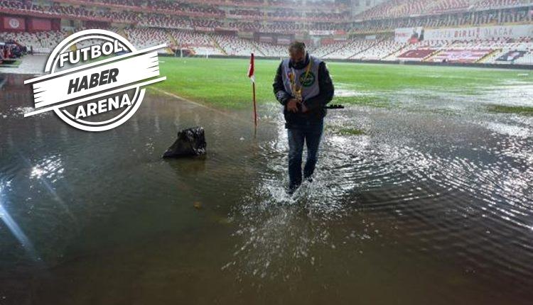 Antalyaspor - Hatayspor maçı ertelendi! Yeni tarih açıklandı