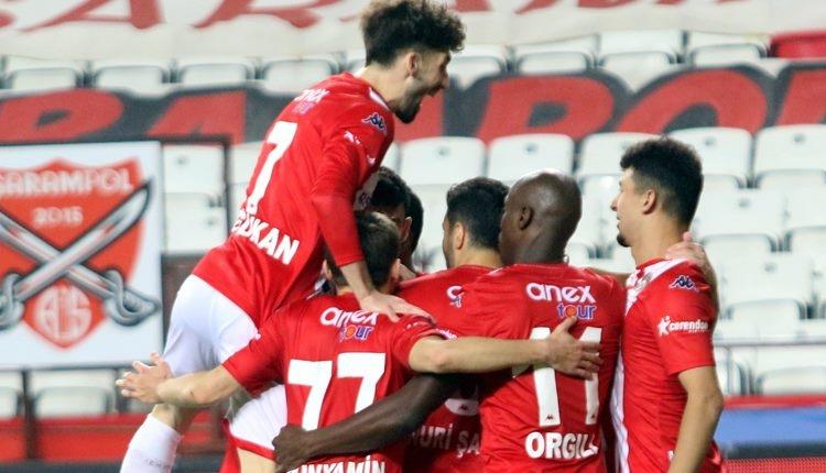 Antalyaspor 3-1 Fatih Karagümrük maç özeti ve golleri (İZLE)