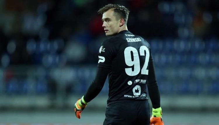 BB Erzurumspor transferde kaleci Jakup Szumski ile anlaştı