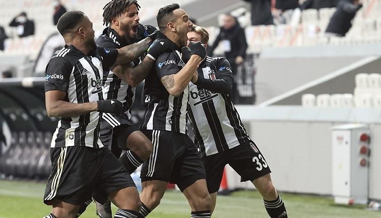 Josef de Souza: 'Ben Fenerbahçe'de oynarken Beşiktaş Milli takım gibiydi'