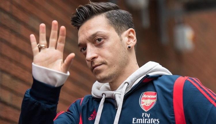 Mesut Özil'in menajerinden açıklama!