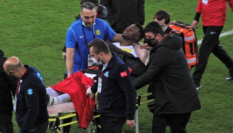 Yeni Malatyasporlu Ndayishimiye maç sonu bayıldı! İlk açıklama geldi