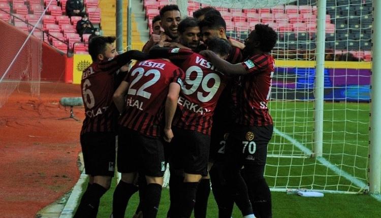 Eskişehirspor 2-1 Bandırmaspor maç özeti ve golleri (Eskişehirspor 34 maç sonra galip)