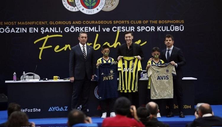 Mesut Özil'in forması rekor fiyata satıldı