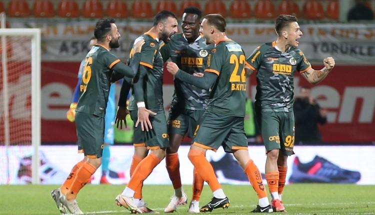 Alanyaspor 3-2 Denizlispor maç özeti ve golleri (İZLE)