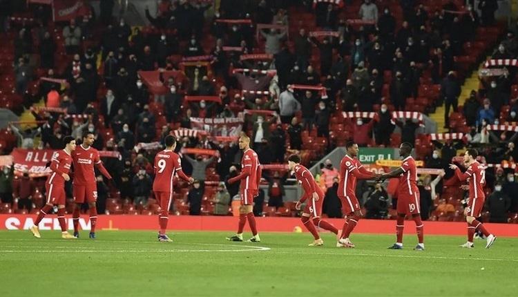 Premier Lig'de taraftarlar stada alınacak