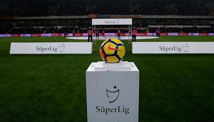 Süper Lig'de şampiyonluk haftasının hakemleri açıklandı