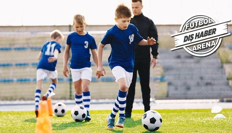 Rusya'da orta okullarda futbol dersi başladı