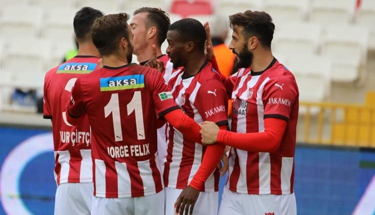 Sivasspor 4-0 Karagümrük maç özeti ve golleri (İZLE)