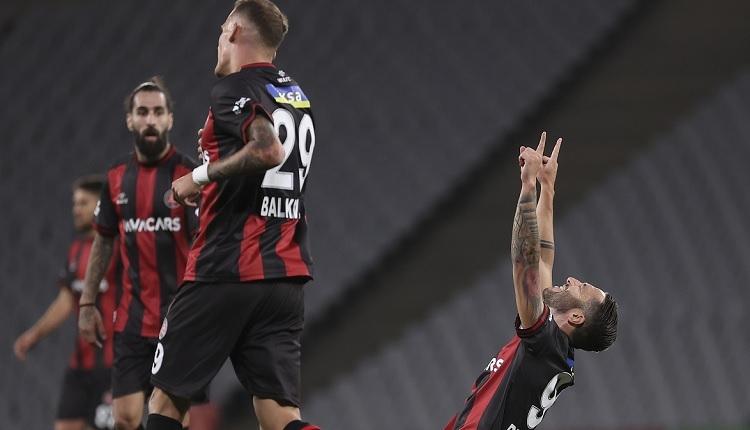 Fatih Karagümrük 3-1 Başakşehir maç özeti ve golleri (İZLE)
