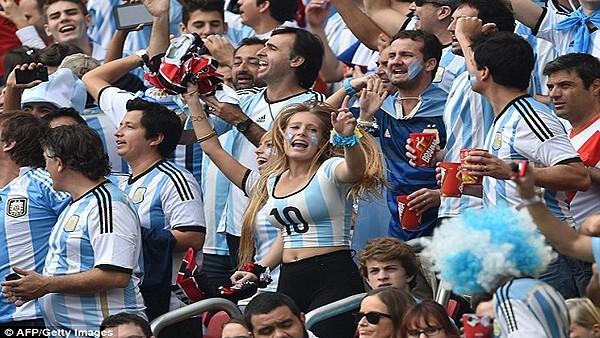 Arjantin Taraftarları Final Sevincini Doyasıya Yaşadı!