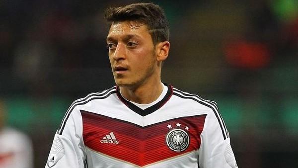 Mesut Özil'in köyünde kupa sevinci